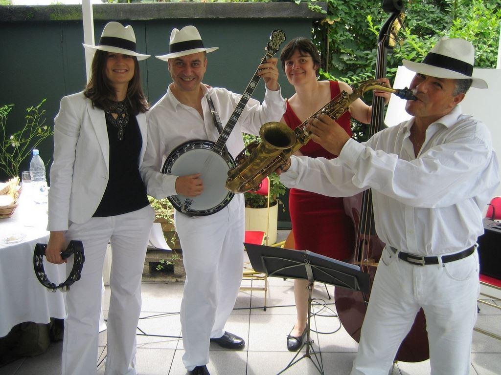 Orchestre DIXIELAND PARADE trio anniversaire paris