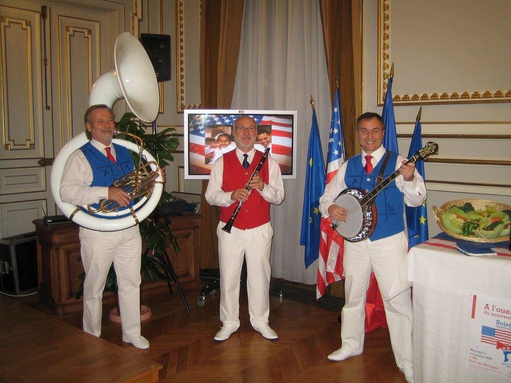 Orchestre DIXIELAND PARADE trio fête de l'indépendance américaine