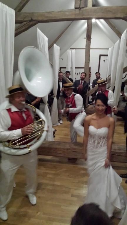 orchestre mariage la pepiniere avec la mariée