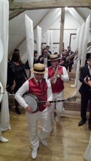 orchestre mariage la pepiniere en sortant du dortoir