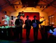 Orchestre de jazz en trio pour une soirée Gatsby Prohibition et Charleston