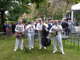 orchestre-de-jazz-dans-les-jardins-de-la-matelote