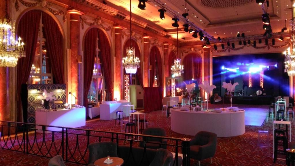 La scène du groupe jazz années folles au casino de Deauville