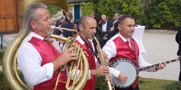 jazz-band-mariage-champagne-taittinger